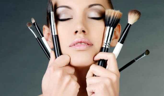 Научиться макияжу москва