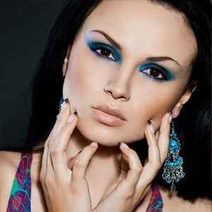 Макияж к темно синему платью фото