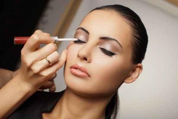 Школьный макияж для карих глаз 13 лет