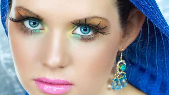 Makeup tips blue eyes